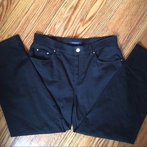 Jones New York sleek black ankle pants!